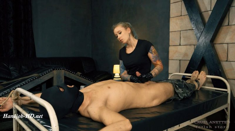 Soldier used – Cruel Anettes Fetish Store