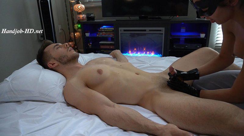 Latex Oily Handjob Massage + Cum Shot – Mason Nicklaus