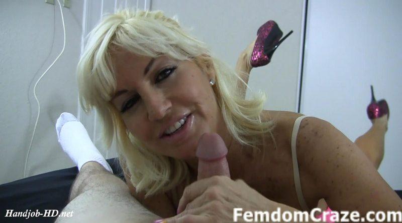 Sexy Tara jerks you off – My Jerk Off Girls