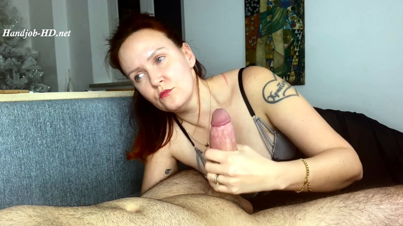 An Handjob From Those Beautiful Blue Eyes! – The house of handjob