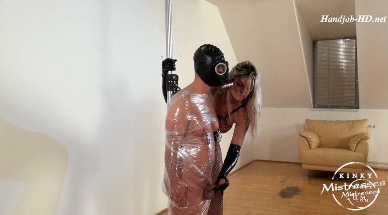 Clingfilm nipple play – Kinky Mistresses – Klarissa Leone