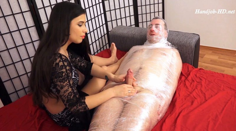 The Mummy Slave – I Totally Rule Your Orgasm! Ultimate Bondage Handjob With Ruined Orgasm Ending! – Mistress Mira