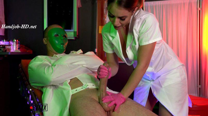 Psycho Nurse Kenzie Fills Test Tube with Patients Sperm – AmateurBoxxx – Kenzie Madison