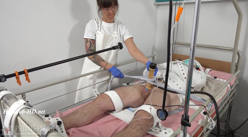 Dr. Eve – Straitjacket and Segufix – Part 4-5 – Private Patient