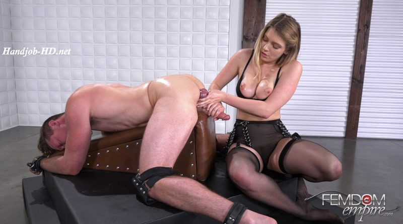Milked by Giselle Palmer – Femdom Empire