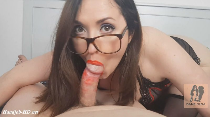 Ruined Blowjob With Too Much Lipstick – Dame Olga's Fetish Clips