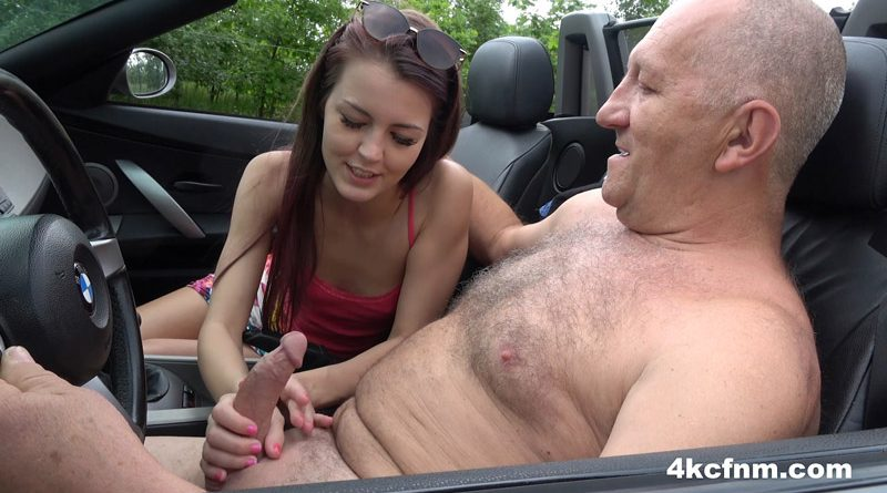 Steffie Teen Hitchhiker Giving Handjob For Ride – 4KCFNM