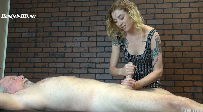 The New Masseuse – First Time Handjobs – Melissa Rose